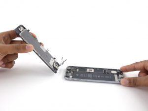 iPhone 6S kijelző csere, a telefon két részre válik