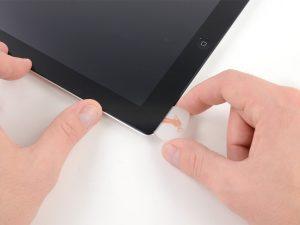 iPad 3 érintőüveg csere, érintőüveg felnyitási folyamat kezdete